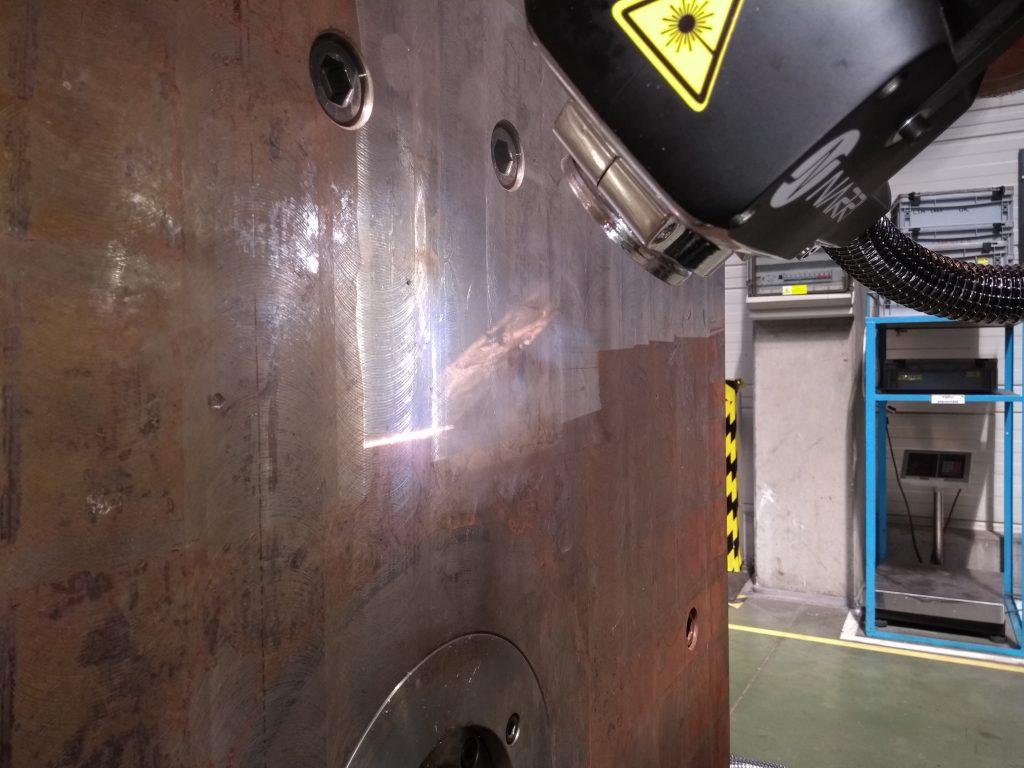 tlaková rez, laserové čištění rzi, kotvící deska