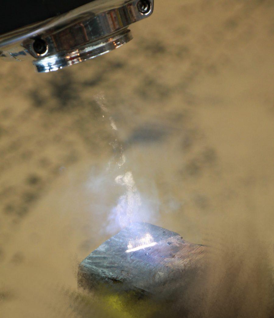 čištění kamene laserem